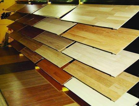选购木地板注意:不贪便宜不盲目攀高