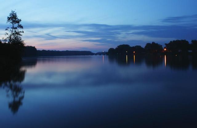 景粼原著 湖居更懂你的生活
