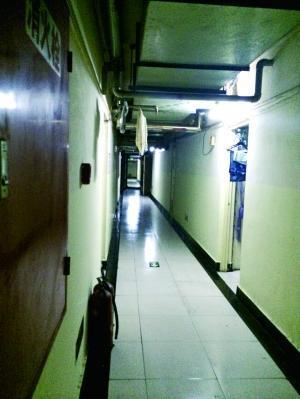 北京二环内疯狂群租:地下车库防空洞变旅馆