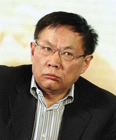 任志强  昨日,华远地产股份有限公司董事长任志强在全联房...