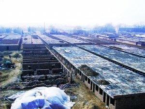 圆明园花园别墅小区突击建房 冒出7千多平砖房
