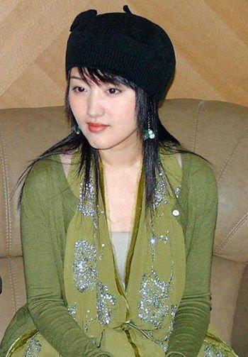 杨钰莹老公赖文峰照片