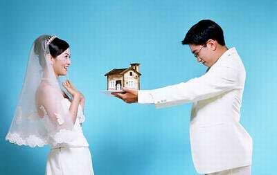 【侃房哥】无论草根还是高富帅 马上有房就结婚