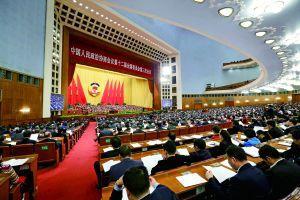 张泓铭:政府对楼市要有危机感