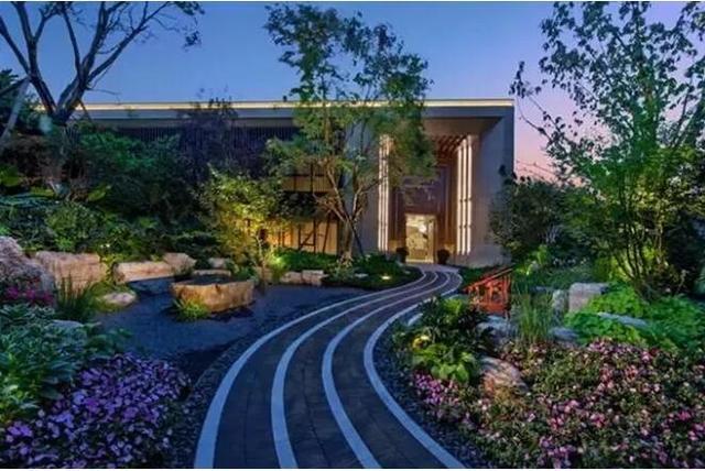 和泓融成府的院子:庭院便是一处桃源