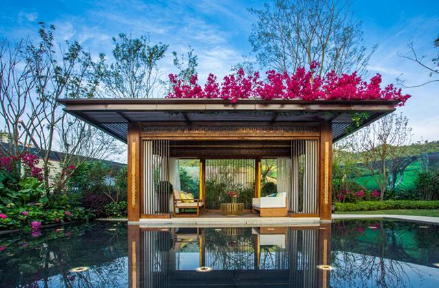 马龙繁华有余的市区里买一套大平层,别墅在依山傍水的郊区买一套浴室?v别墅别墅现代mc还是图片