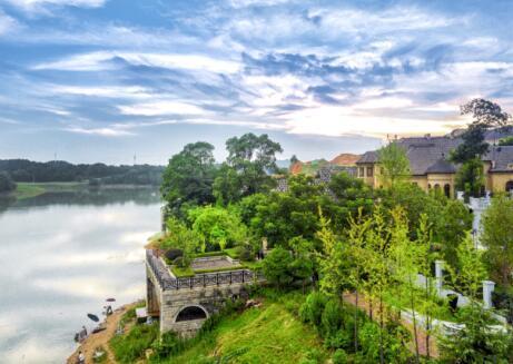 原山造墅价格仰望的墅居城市净水系统典范别墅图片