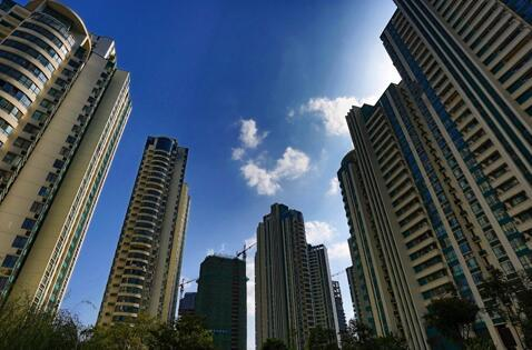 11个热点城市新房价格跌回1年前