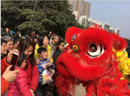 新春头条:和泓融成府闪耀亮相2018