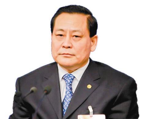 全国人大财经委副主任尹中卿:自住的房产应该免税
