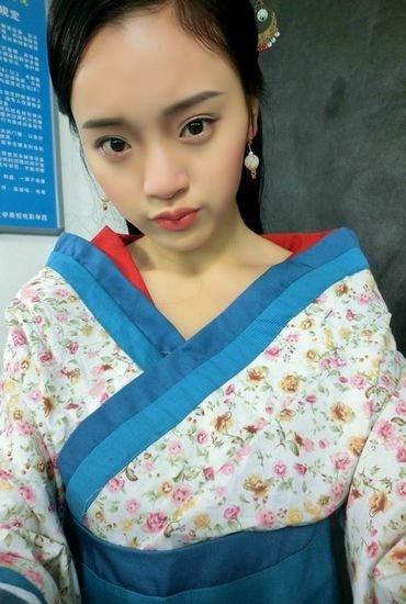 重大美女邓杨宁 世旅舞台一支花