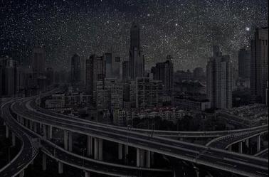 上海,北纬31° 13′ 22″