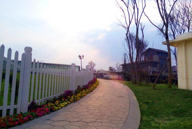 上林郡住家如度假 3580元/㎡起低价即可入住豪宅