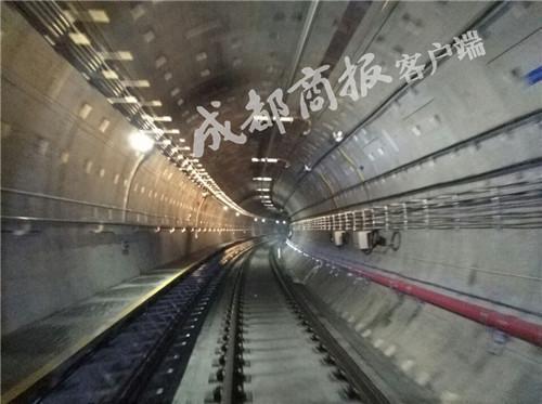 连接中心城区和天府新区 地铁1号线三期明年试运营
