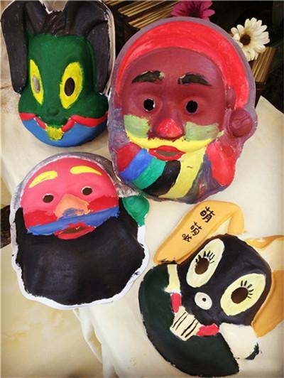 面具彩绘大战 天羽揽月亲子DIY彩绘活动人气爆棚