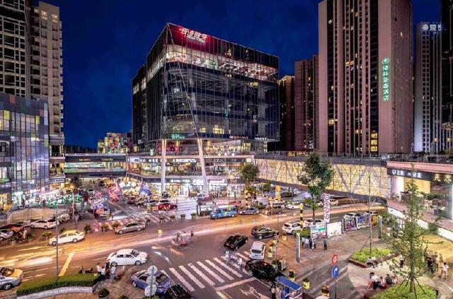 龙湖天街系 预见一座城市的商业焦点