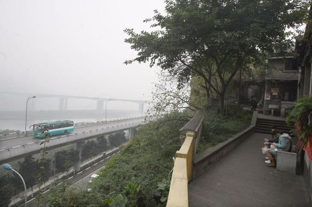 渝中今年启动慢行系统建设 规划14条步道全长40公里