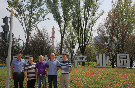 立人科技到访中国云教育产业园,深入探索合作模式共促发展