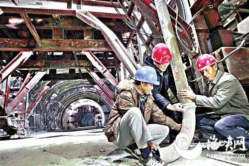 西岭互通铜盘路接线工程马鞍山五个隧洞即将贯通