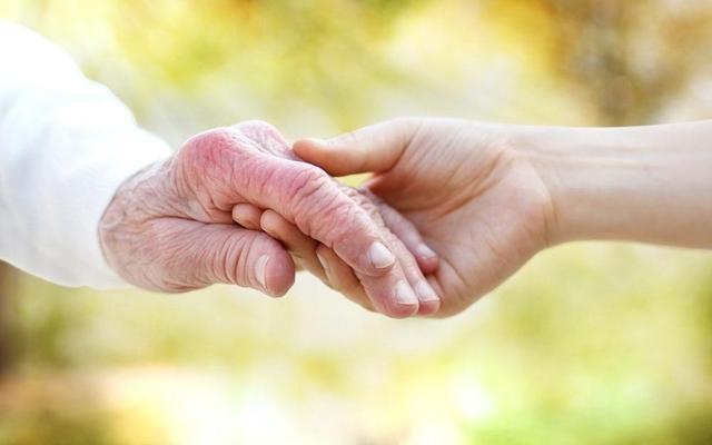 什么样的养老方式,才是为父母和为自己最好的选择?