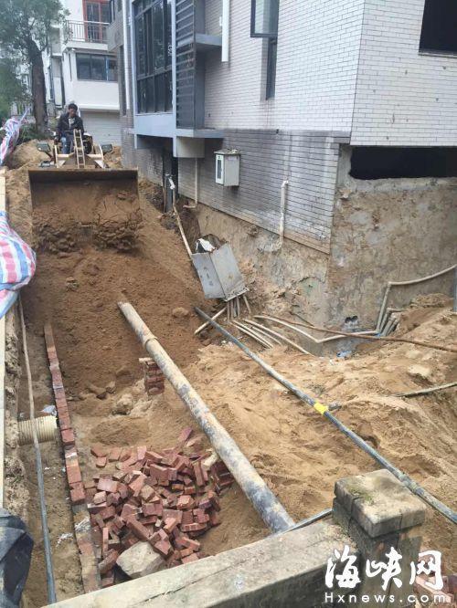 内私挖别墅地下室
