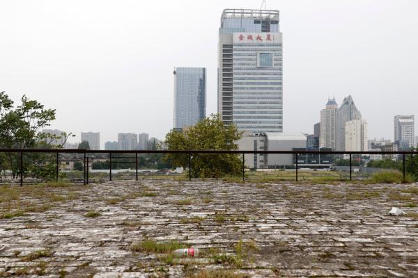 南京明皇宫遗址遭商业开发