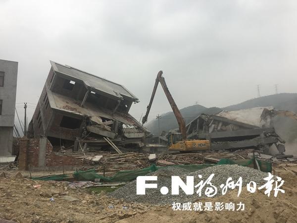 闽侯两天拆除违建11座 拆除建筑面积3050平方米