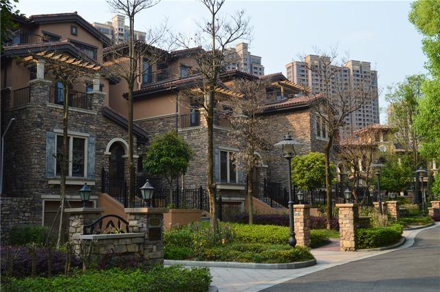 看房日记:用同样的钱 在这里可以住欧式建筑