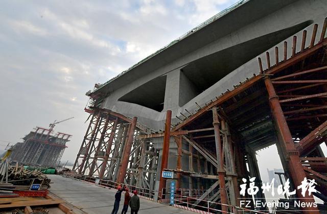 跨江段V撑全部完成 马尾大桥副桥春节前可合龙