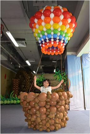 """气球艺术家将亲自教授来宾制作出各种形状的气球造型,兼职""""狂拽酷炫吊图片"""