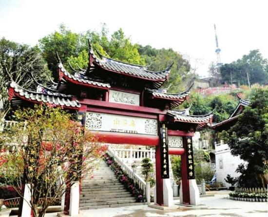 """新年第一趴 寻访""""福州三山之首""""——乌山"""