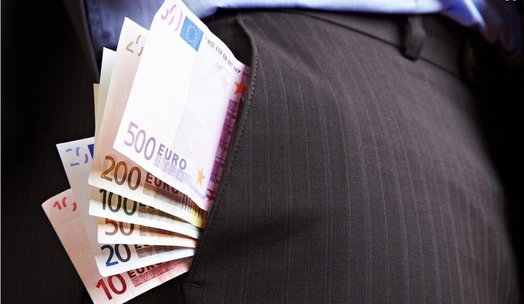把钱揣口袋,不如拿来买房?