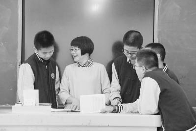 """福州延安中学:""""九年制""""全学段办学的""""包揽""""尝试"""