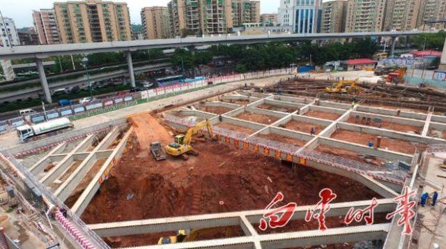 广州地铁11号线梓元岗站深基坑开挖,全线32 工点已开工 -广州个人房图片