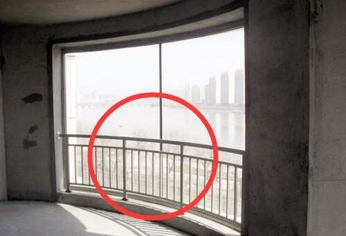 新房阳台护栏要不要拆?这些地方要注意了!