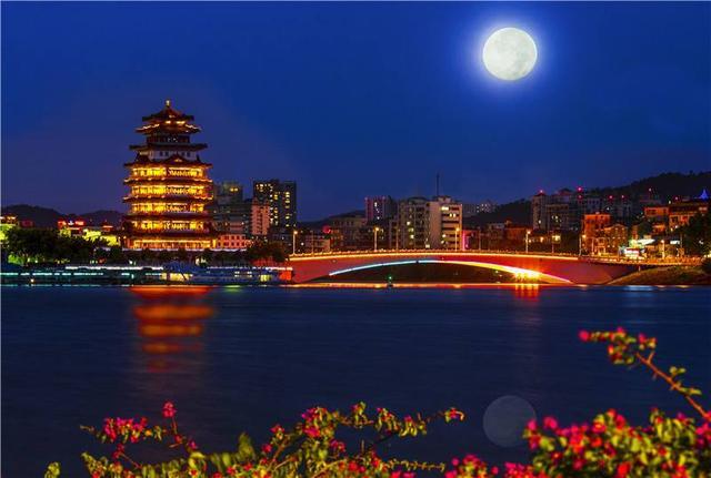 快速发展与人才培养并行,惠州这座城市未来将走向何方?
