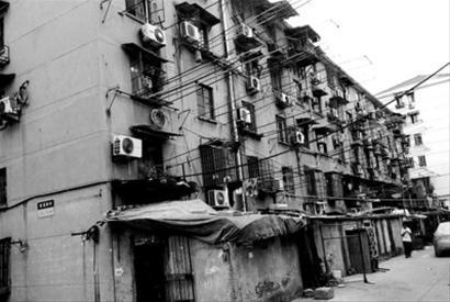 创多个第一的超大居民区 彭浦新村的前世今生