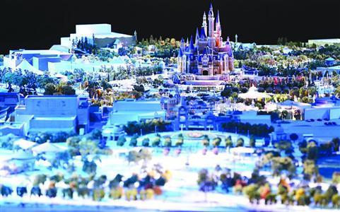上海迪士尼乐园平日门票370元 但要到9月才能用
