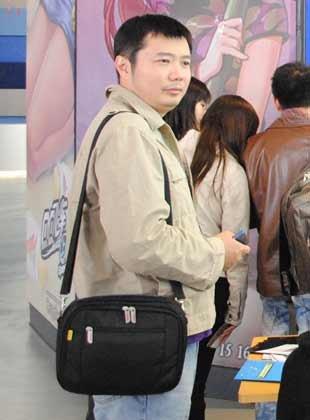 腾讯网友王先生:想买套房创业