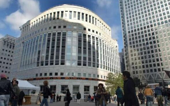 中国买家境外地产投资大撤退 去年?#36164;?20亿美元物业