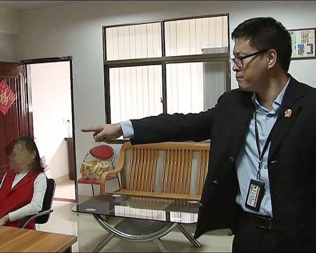 深圳男子到惠州买房 拿到房产证却进不了家门