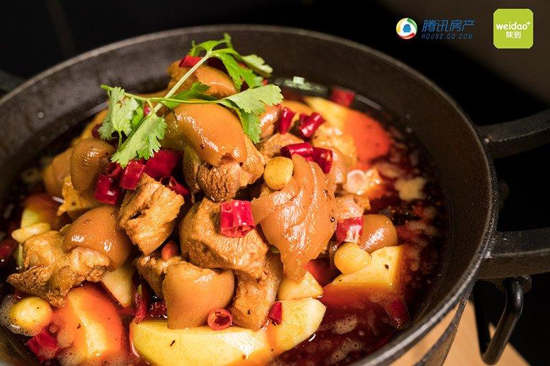 土豆煨猪手
