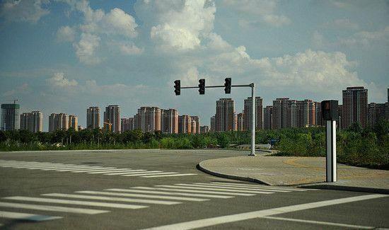 住建部长调研中国最大鬼城:率先突破住宅去库存图片
