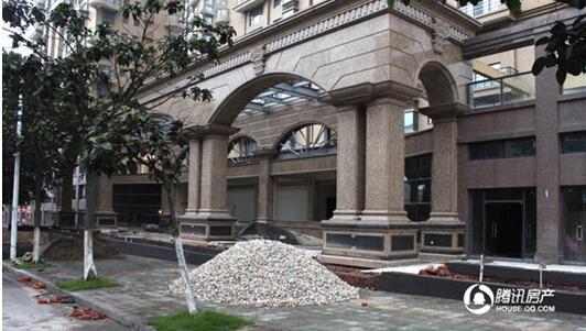 国际龙郡:施工进入验收阶段 预计9月底交房