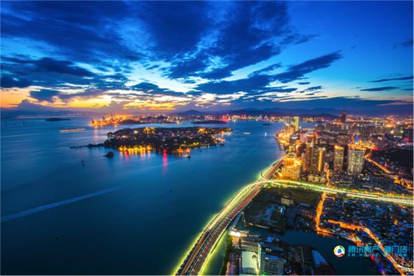 归心中国年丨一座城市的归心共鸣