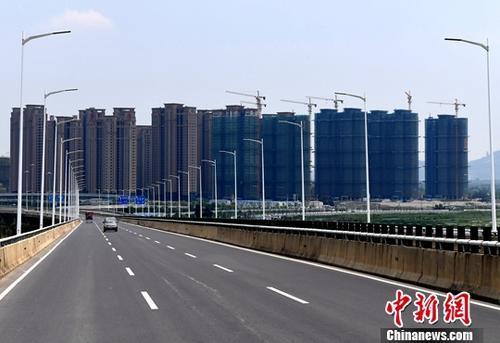上半年中国境内地产并购交易总金额同比增近八成