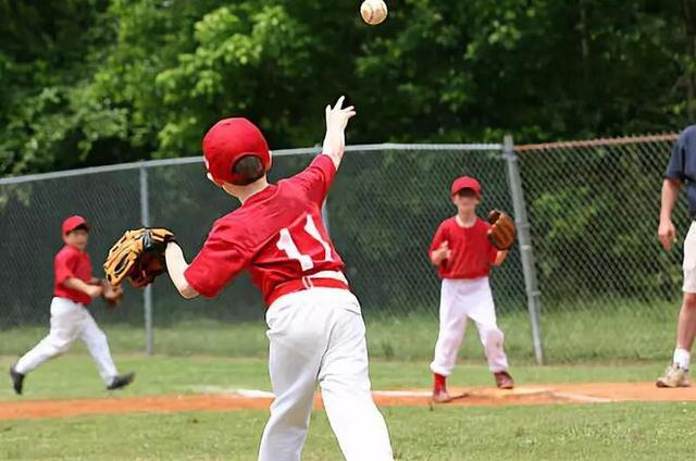 """2018设备板球营之""""软式棒垒球暑假训练营理想厂家少年图片"""