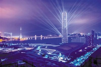 珠澳第一高楼珠海中心大厦昨夜上演8分钟灯光秀