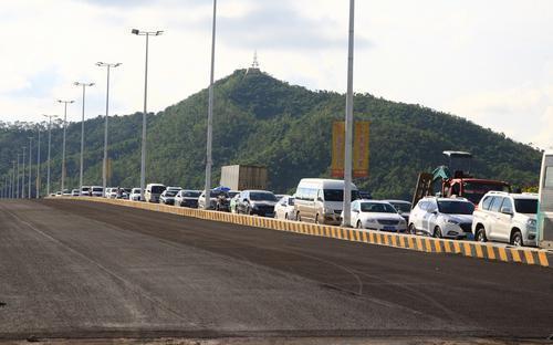 斗门湖心路重点路段开始铺设沥青 有望元旦前完工