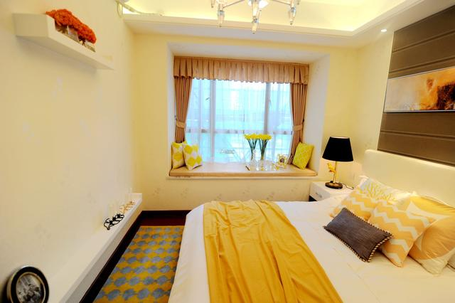 珠海港海韵124平超大阳台 360度无限享受室外美景